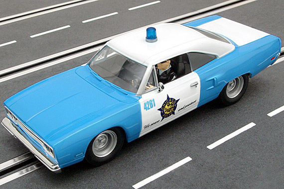 25781 Carrera Evolution Plymouth Road Runner Chicago Police - Idee + Spiel - Special Edition