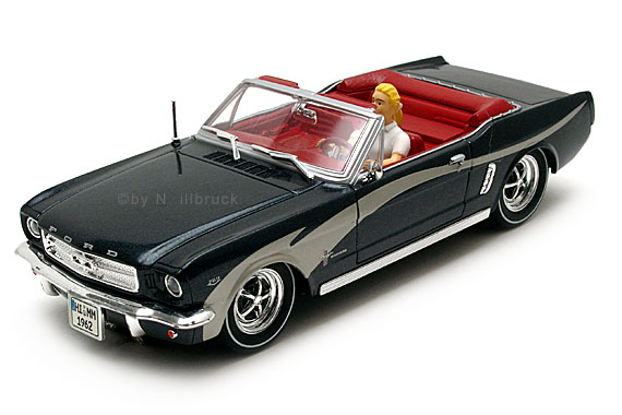 25791 Carrera Evolution Ford Mustang Convertible Idee & Spiel Marilyn Monroe