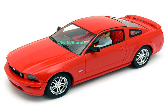 carrera evolution ford mustang gt highway patrol. Black Bedroom Furniture Sets. Home Design Ideas