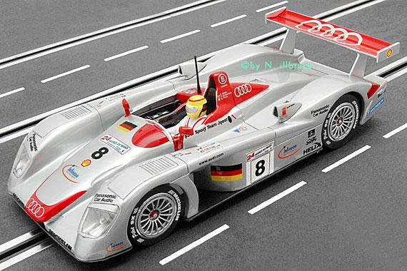 Carrera Showroom 20480 Carrera Exclusiv Audi R8 Le Mans 2000